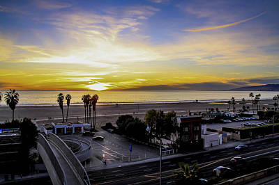 Photograph - Sunset Over The Bay by Gene Parks