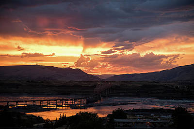 Photograph - Sunset Over The Dalles Bridge 3 by Tom Cochran