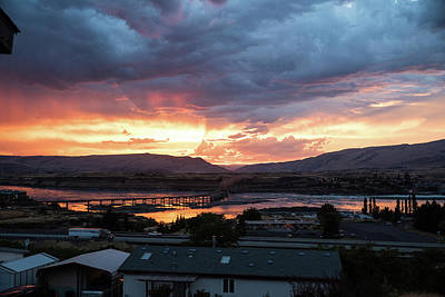 Photograph - Sunset Over The Dalles Bridge No 2 by Tom Cochran