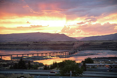 Photograph - Sunset Over The Dalles Bridge No.1 by Tom Cochran