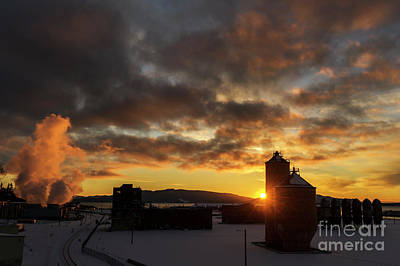 Photograph - Sunset Over The Georgia Pacific Paper Mill by Paul Conrad
