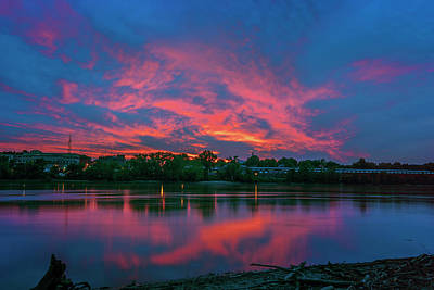 Photograph - Sunset Over The Missouri River At St Charles_dsc5330_16 by Greg Kluempers