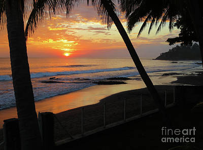 Wall Art - Photograph - Sunset Over The Pacific by Tracy Farrand