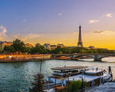 Sunset Over The Seine In Paris Art Print