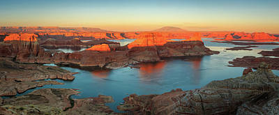 Photograph - Sunset Panorama From Alstrom Point. by Johnny Adolphson