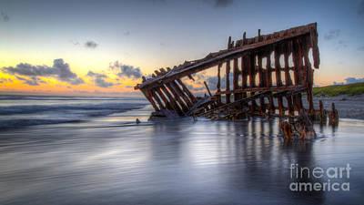 Peter Iredale Photograph - Sunset Peter Iredale by Matt Hoffmann