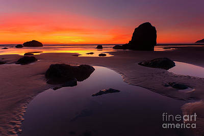 Cannon Beach Wall Art - Photograph - Sunset Pools by Mike Dawson