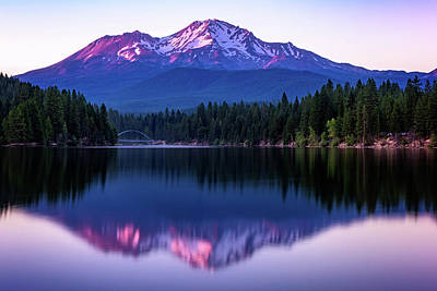 Sunset Reflection On Lake Siskiyou Of Mount Shasta Art Print