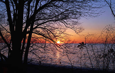 Lake Erie Photograph - Sunset Silhouette 2 by Peter Chilelli
