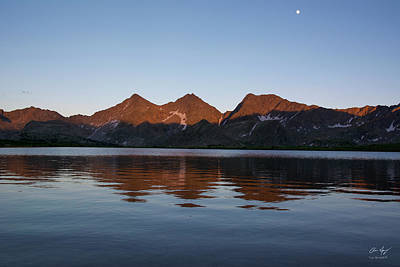 Photograph - Sunset - The Three Apostles by Aaron Spong