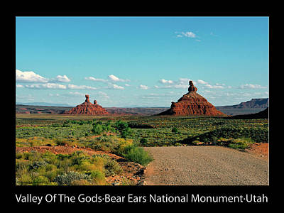 Photograph - Sunset Tour Valley Of The Gods Utah Text 05 Black by Thomas Woolworth