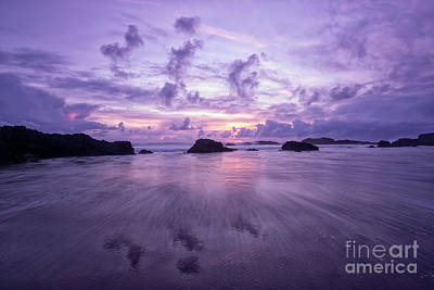 Central Oregon Coast Photograph - Sunset With Clouds' Reflections by Masako Metz