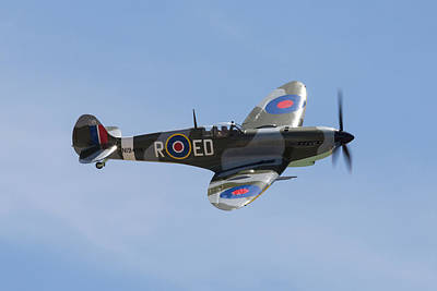 Photograph - Supermarine Spitfire by John Daly