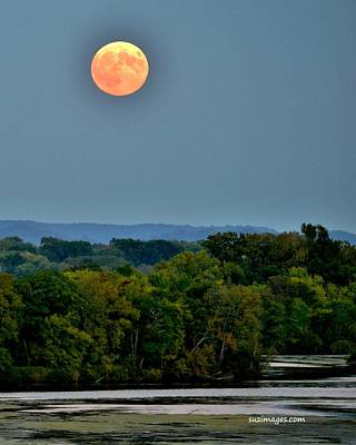 Supermoon On The Mississippi Art Print