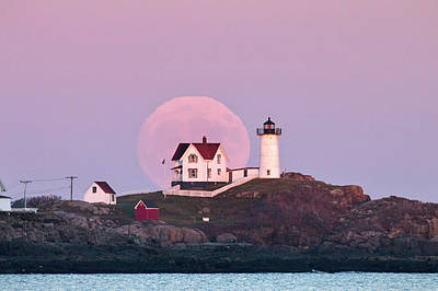 Supermoon Over Nubble Lighthouse Art Print by Eric Gendron