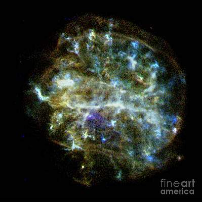 Heavenly Body Photograph - Supernova Remnant With Pulsar by Science Source