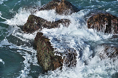 Surf On The Rocks Art Print by Kaye Menner
