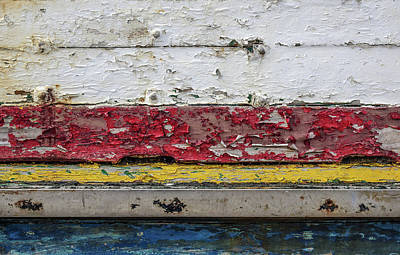 Peeling Painted Wood Wall Art - Photograph - Surface With Peeling Paint by Carlos Caetano