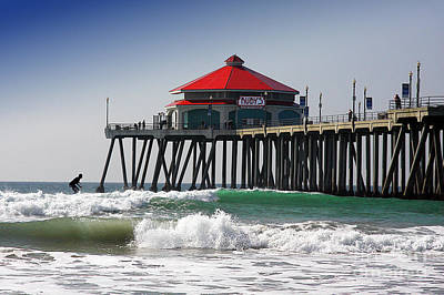 Photograph - Surfing At Rubys Cafe by Jerry Cowart