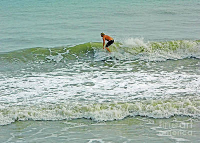 Photograph - Surfing In Florida by D Hackett