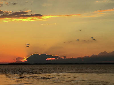 Photograph - Sut Sets Over The Peconic by Steve Gravano