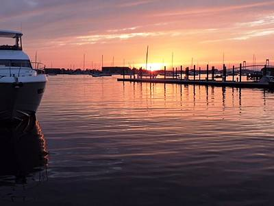 Photograph - Suze's Newport R.i. Sunrise by Jay Milo