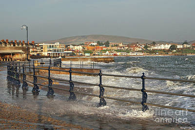 Photograph - Swanage Bay In Winter by Linsey Williams
