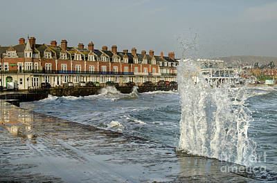 Photograph - Swanage In Winter 3 by Linsey Williams