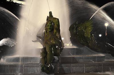 Swann Digital Art - Swann Fountain - Splashing In The Light by Bill Cannon