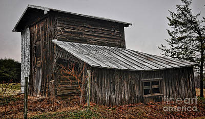 Photograph - Sway Backed Barn by Randy Rogers