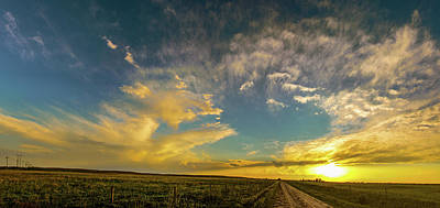 Photograph - Sweet Nebraska Crepuscular Rays 001 by NebraskaSC