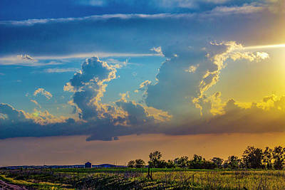 Photograph - Sweet Nebraska Crepuscular Rays 003 by NebraskaSC