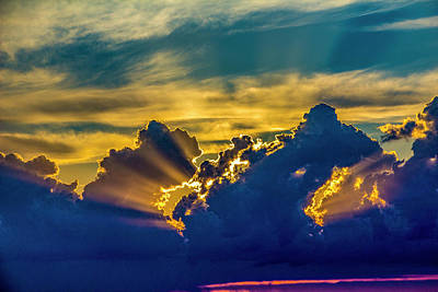 Photograph - Sweet Nebraska Crepuscular Rays 012 by NebraskaSC