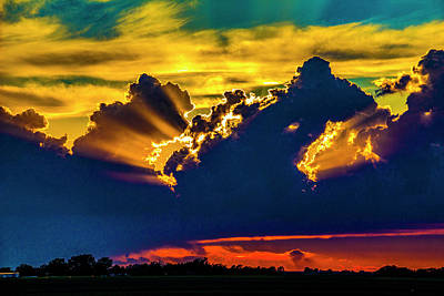 Photograph - Sweet Nebraska Crepuscular Rays 013 by NebraskaSC