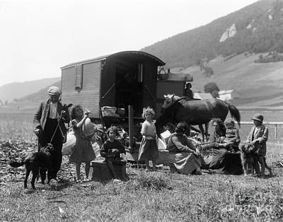 Gypsy Wagon Photograph - Swiss Nomads And Gypsy Wagon, C.1930s by H. Armstrong Roberts/ClassicStock