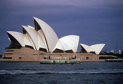 Soap Suds - Sydney Opera House by Carl Purcell