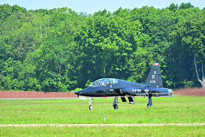 Photograph - T-38 Taxiing In by Don Mercer