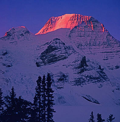 Photograph - T-402403-b Winter Mt. Robson Sunrise by Ed Cooper Photography