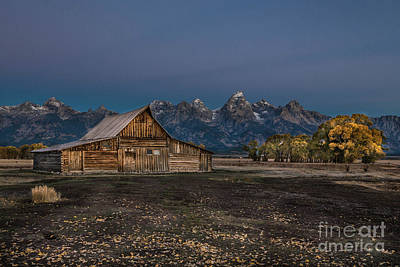 Photograph - T A Moulton Barn by Lynn Sprowl