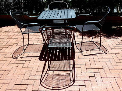 Photograph - Table And Chairs by Ed Weidman