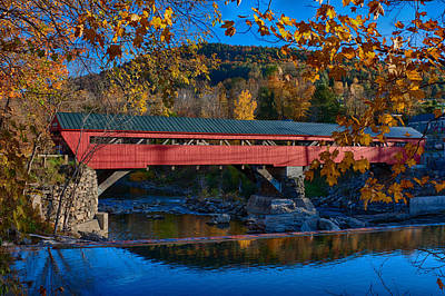 Photograph - Taftsville Covered Bridge In Autumn Colors by Jeff Folger