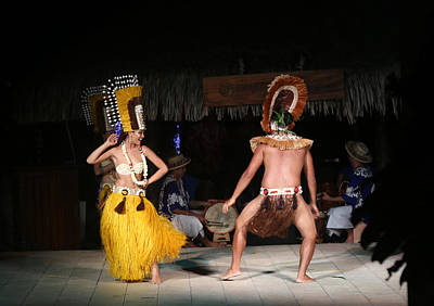 Photograph - Tahitian Dancers by Kathryn McBride
