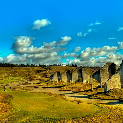 Photograph - Tahoma - The 18th Hole At Chambers Bay by David Patterson