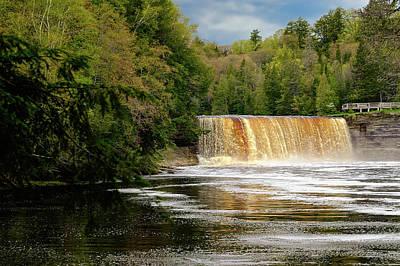 Photograph - Tahquamenon Falls State Park  -  Tahquamenonfalls171504 by Frank J Benz