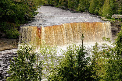 Photograph - Tahquamenon Falls State Park  -  Tahquamenonfalls171554 by Frank J Benz
