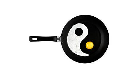 Yin Yang Photograph - Taijitu by Gert Lavsen