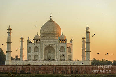 Photograph - Taj Mahal At Sunset 01 by Werner Padarin