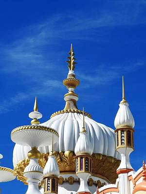 Photograph - Taj Mahal In Atlantic City by Allen Beilschmidt
