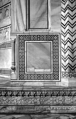 Marble Inlay Tomb-stones Photograph - Taj Mahal Stone Work Bw by Steve Harrington