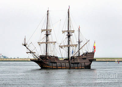 Photograph - Tall Ship El Galeon  by Janice Drew